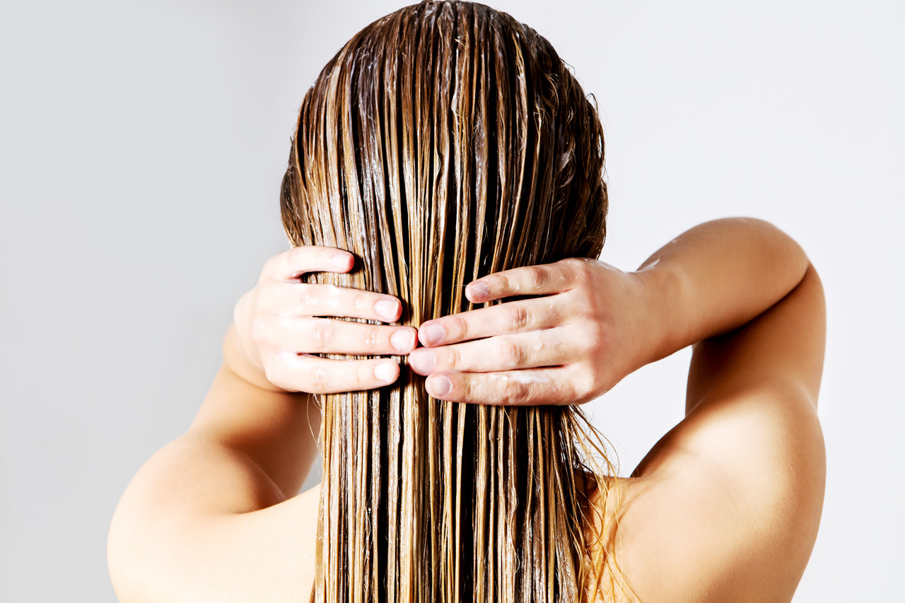 cura-capelli-grassi-zephir-parrucchieri-ascona-muralto
